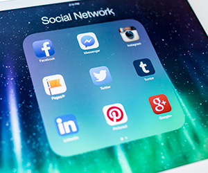 (L07) Facebook, LinkedIn and Twitter Policies Every Employee Should Know