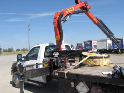 Articulated Boom Crane - Spanish - Camion de Pluma Articulada