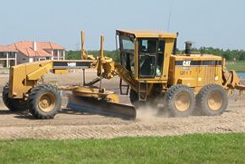 Motor Grader New Construction Video - SPANISH (APWA Members) (APWAmg-constSP-VOD)